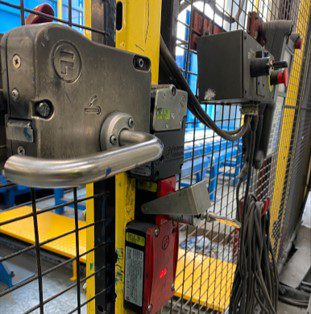 Heavy Duty Escape Release – Leaving a safeguarded space